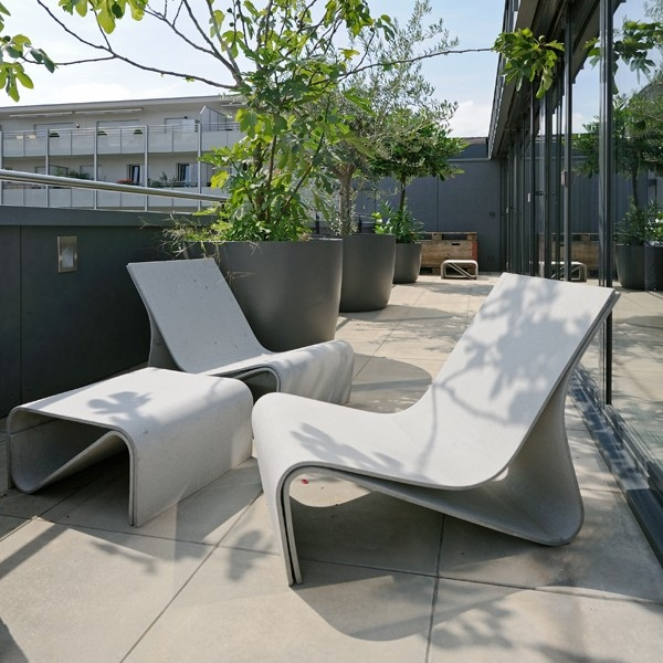 die besten 25 eternit blumenkasten ideen auf pinterest ikarus gartenm bel tuin und decking. Black Bedroom Furniture Sets. Home Design Ideas