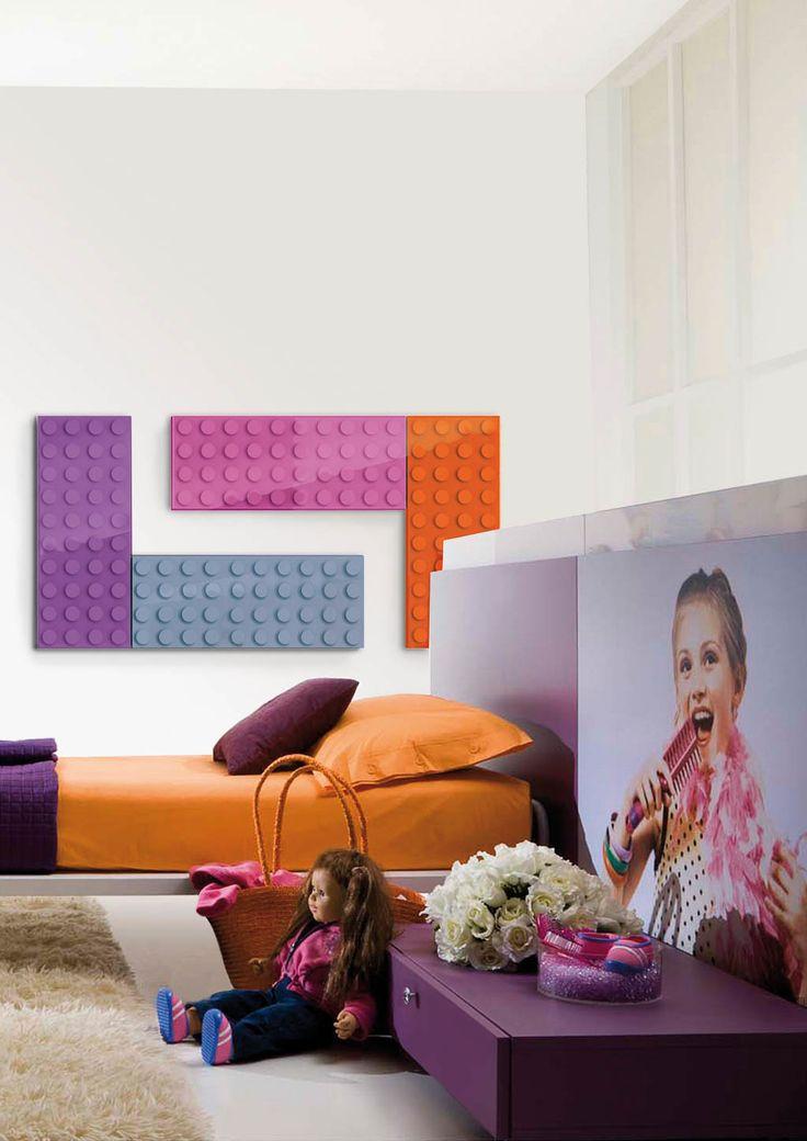 Un progetto ispirato a un'icona affettiva condivisa da tutti. Molteplici combinazioni di colore per elementi modulari a sviluppo orizzontale e verticale. C