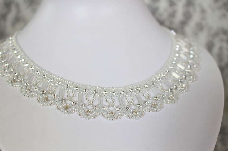 Tutorial for necklace 'Sparkles' - the nearly 150 pieces of crystal mesh is why this necklace is called 'Sparkles'.