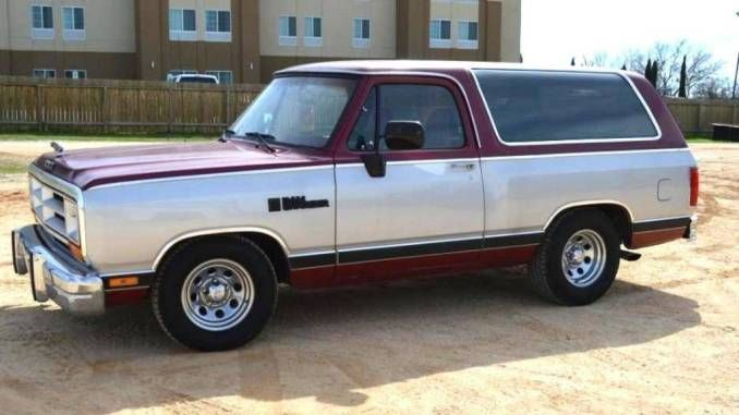 Super Clean 1988 V8 Auto In Ennis Tx Dodge Dodge Ramcharger Old Pickup Trucks