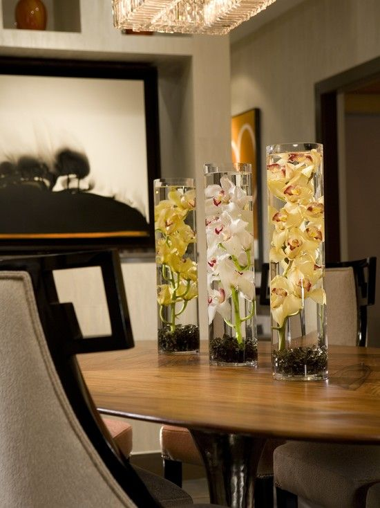 Best 25 dinning table centerpiece ideas on pinterest for Glass centerpieces for dining room tables