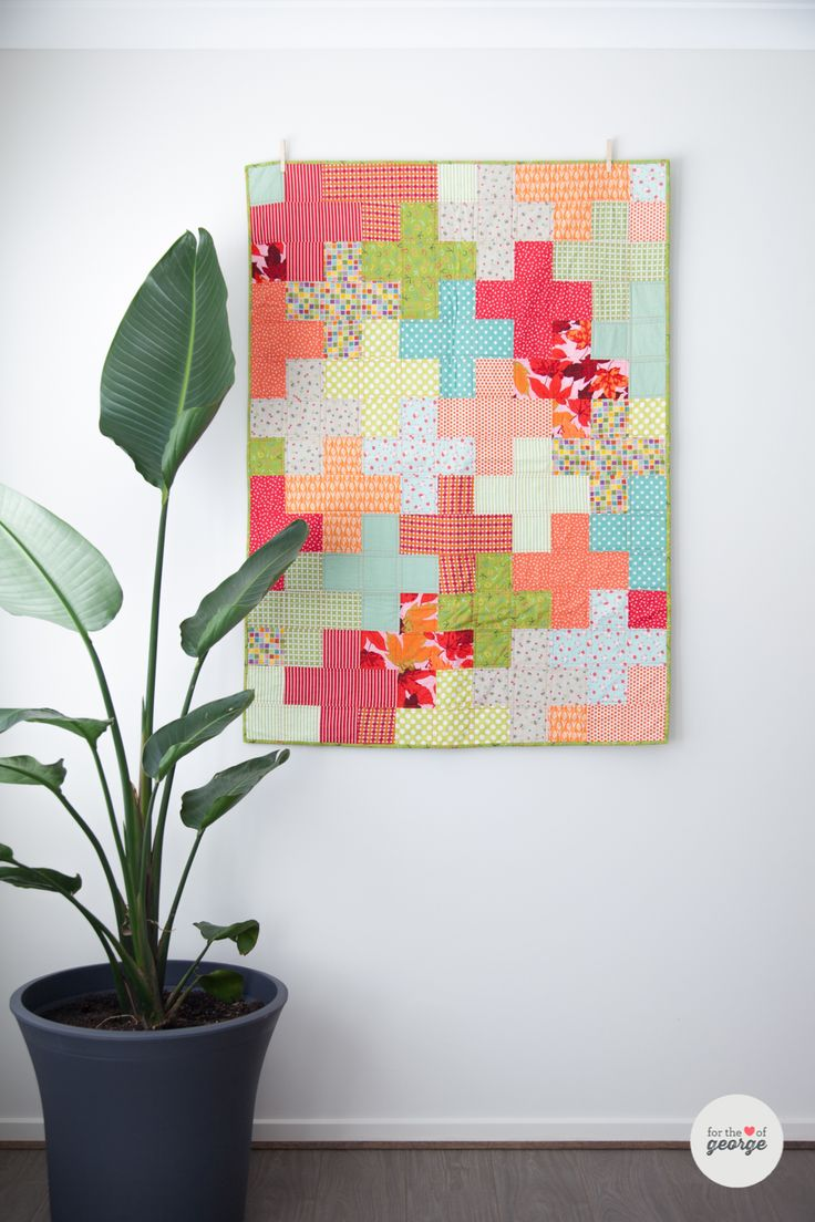 free plus quilt pattern cot size to king size love the crisp fresh colors