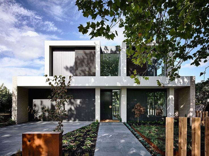Two-story family house in Alphington with a distinct street facade