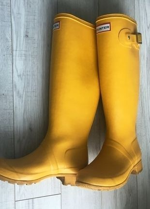 Kup mój przedmiot na #vintedpl http://www.vinted.pl/damskie-obuwie/kalosze/13523903-zolte-wysokie-kalosze-hunter-wodoodporne-must-have