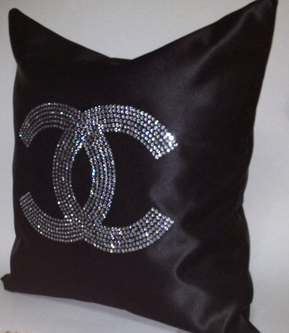 Chanel Leather Throw Pillow : 17 Best images about CHANEL CUSHION on Pinterest Chanel chanel, Pillow set and Pillow covers