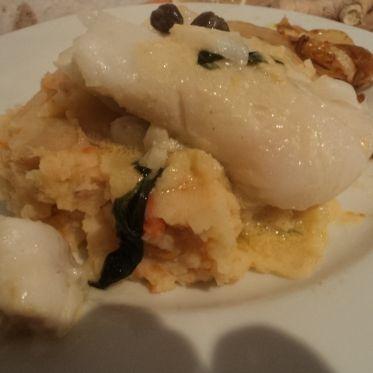 Estragon-Skrei-Fisch an Fenchelorangengemüse auf Kartoffel-Ingwerstampf