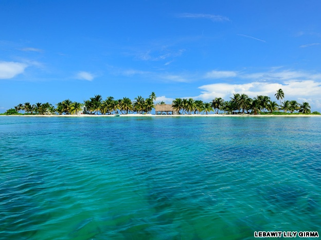 Belize - Tropical jungle, Mayan ruins, Caribbean beaches, world class snorkeling, and oh how I want to kayak those waters!