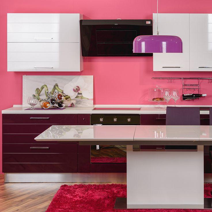 Mobilierul pentru bucătărie Adella aduce veselie și pofta de a crea deserturi îndrăznețe și mâncăruri savuroase. Cabinetele și sertarele încăpătoare adaugă valoare ansamblului. Blatul din PAL melaminat termorezistent permite desfășurarea activităților culinare în voie, indiferent de complexitate. Prin găzduirea mobilierul Adella în casa ta, ai șansa de a avea ceva cu totul unic în bucătărie.