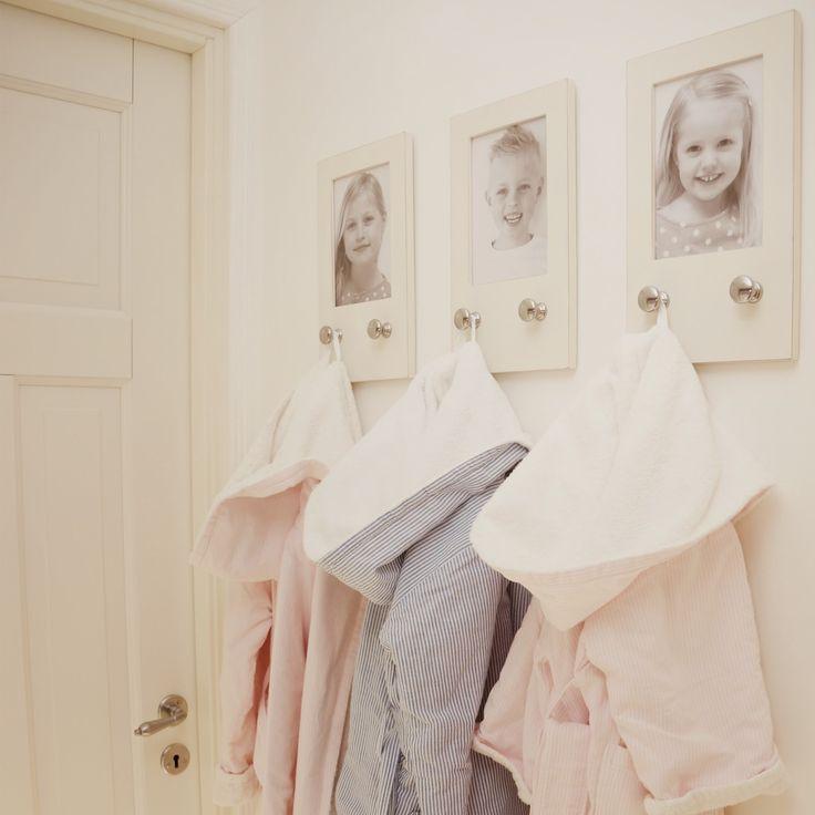 ikea, klädkammare, krokar, förvaring, badrockar, bathrobes, pastel, pastell, sweet, photos, ordning och reda, annashjartan, molban