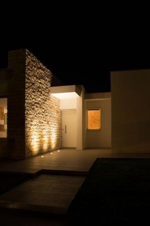 tag: light night house stone ettore tricarico architetto