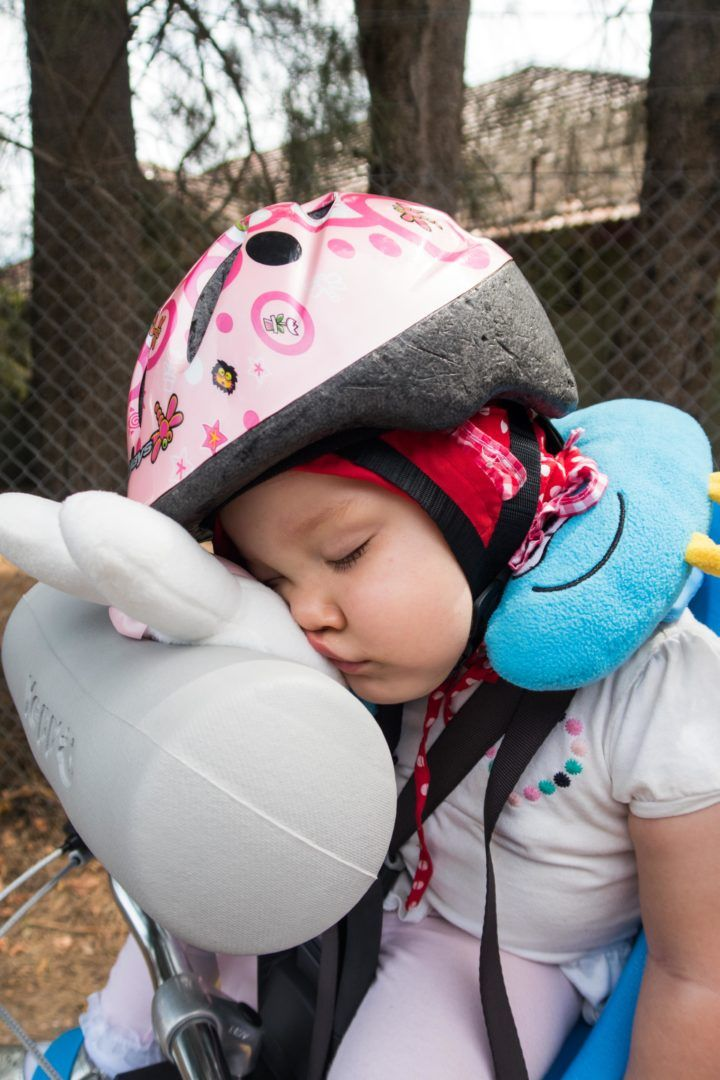 Sleeping Baby on Bike? The best seats and pillow hack