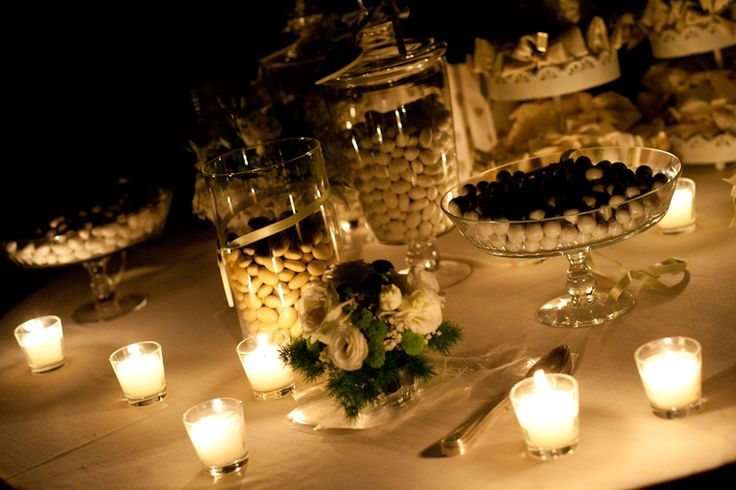 Wedding Cake. Wedding in the castle, wedding insipration, Wedding in Italy. Candlelight. Wedding party