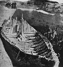 Fra utgravinga av Gokstadskipet i Vestfold 1880