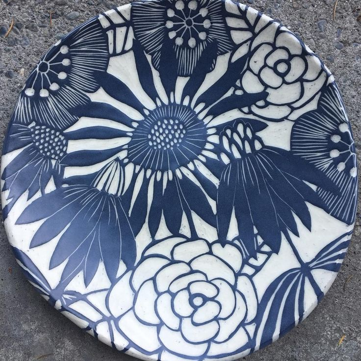 Let heaven and nature sing of His Glory... #pottery#peace#clay#sgraffito