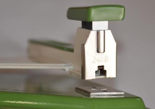Skrebba skre-tri klapp Hefter Tacker 24/6 grün 15 cm x 15 cm in Berlin - Prenzlauer Berg | Büromöbel gebraucht kaufen | eBay Kleinanzeigen