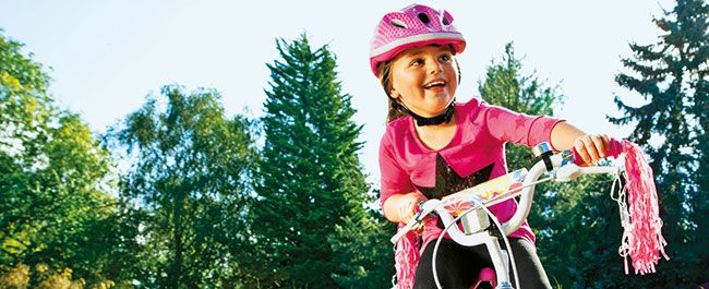 Both cool and cute, this great-looking, high-quality Zinc 16 inch girls bike, is great for cruising the park!