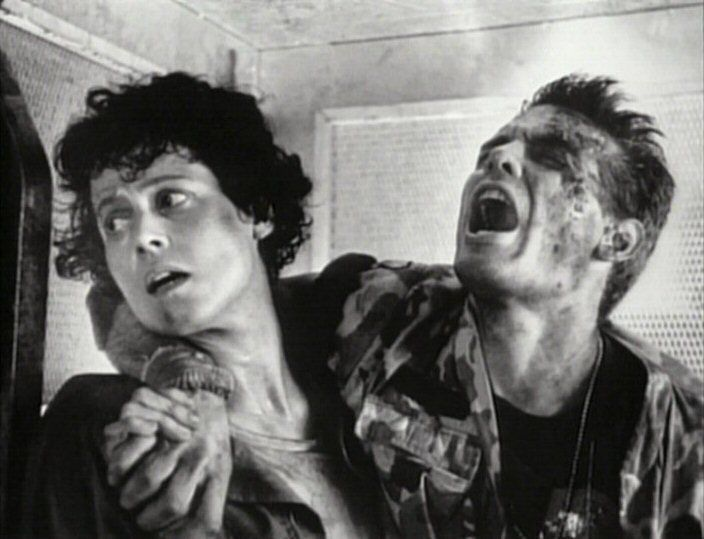 Ripley & Hicks #Aliens (1986) #WeylandYutani