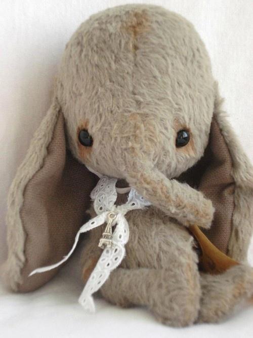 https://s-media-cache-ak0.pinimg.com/736x/f0/96/45/f096458d50f3eeed80479bab0f33f2d6.jpg Cute Elephant Stuffed Animals