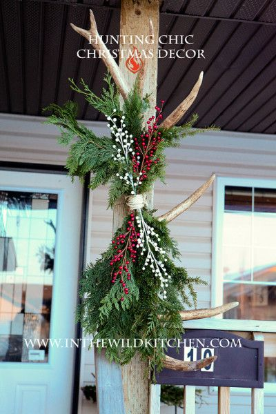 Joyce Schmalz uses elk antlers to make Christmas decorations.http://www.womensoutdoornews.com/2015/12/hunting-chic-decorating-with-antlers/