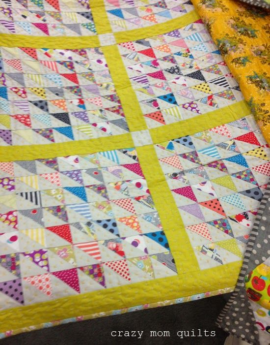 Can not believe this quilt is new! Love the beautiful vintage look of this fabric collection. Fabric is Gardenvale for Moda ... coming April 2015. @modafabrics