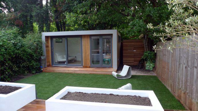 Terrassenuberdachung Aus Aluminium Macht Die Aussengestaltung Luxurioser Moderne Gartenentwurfe Moderner Garten Gartenhaus Holz