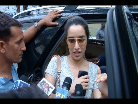WATCH Shraddha Kapoor at Juhu PVR Mumbai after watching the movie DIL DHADAKNE DO. See the full video at : https://youtu.be/7czFmr-ahkA #shraddhakapoor #bollywood #dildhadaknedo
