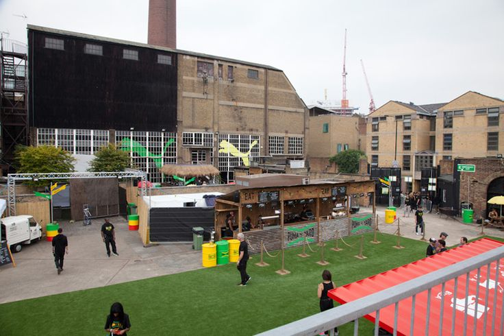 superfuture      ::      supernews      ::      london: puma yard    london: puma yard