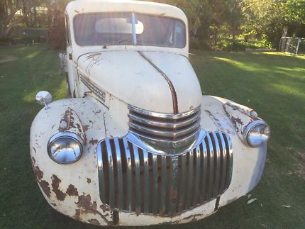 1946 Chev ute Complete 6 cylinder Chev  4 speed it is running no brakes , dry central west vehicle ideal rat rod or restore original Please ring if you need ..., 1116552950