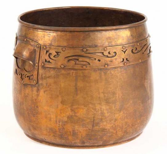 Handicraft Guild - Jardiniere. Hammered Copper. Minneapolis, Minnesota. Circa 1910.
