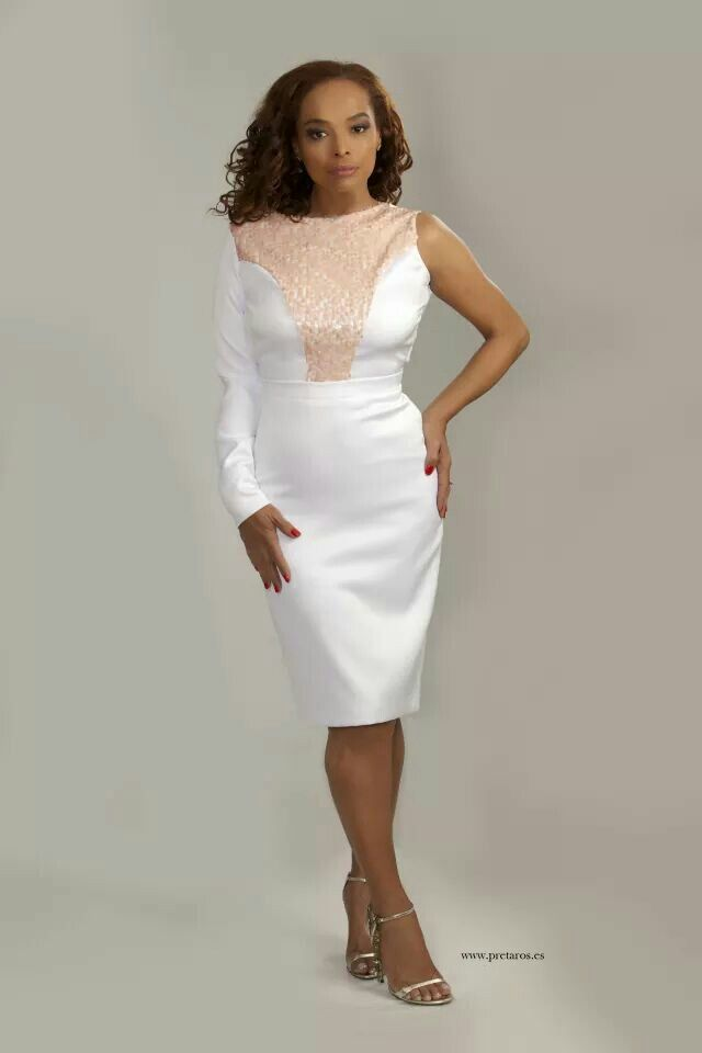 Dress made by fashion designer Rosana Franco (Preta Ros)