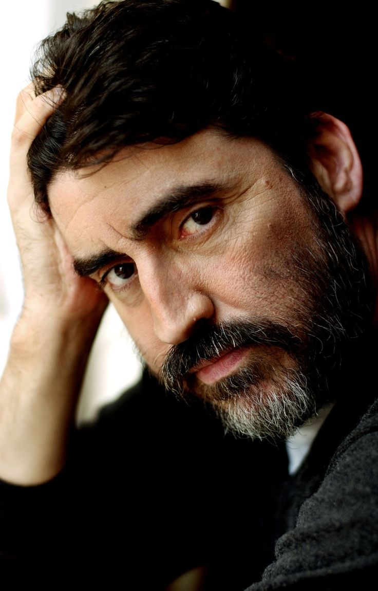 Alfred Molina - Weak in the knees.