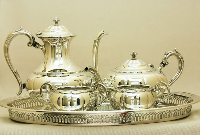 Currently at the #Catawiki auctions: Silver Plated Breakfast Set, Oneida, Canada, circa early 20th Century