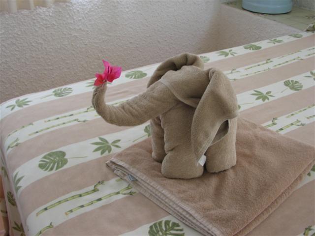 Japanese Towel Cake Recipe: 41 Best Images About Towel Folding On Pinterest