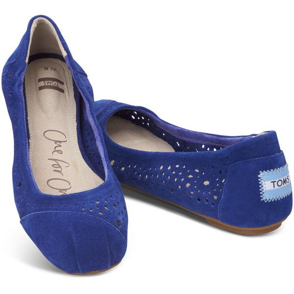 TOMS Blue Moroccan Cutout Women's Ballet Flats ($67) ❤ liked on Polyvore featuring shoes, flats, sapatos, toms shoes, cutout flats, cut out flats, elastic ballet flats and cap toe ballet flats