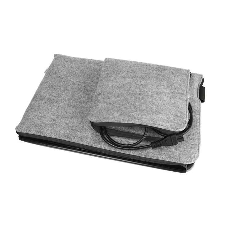 MACBOOK PRO 15 Retina Sleeve Laptop Cover Gray Felt and Black Zipper All Sizes Avaliable by PurolDesignBags on Etsy #schutzhulle #laptop #sleeve #cover #case #felt #gray #black