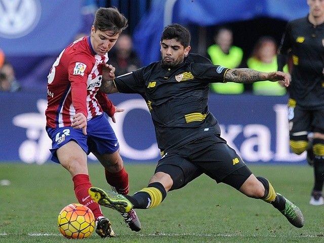 Robert Fernandez: 'Barcelona will sign a forward' #Transfer_Talk #Barcelona #Football