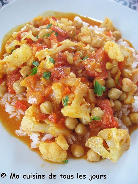 Je pense bien qu'il ne se passe pas une semaine sans qu'il n'y ait un bon plat de curry sur ma table, c'est dans le même ordre que le chili ...