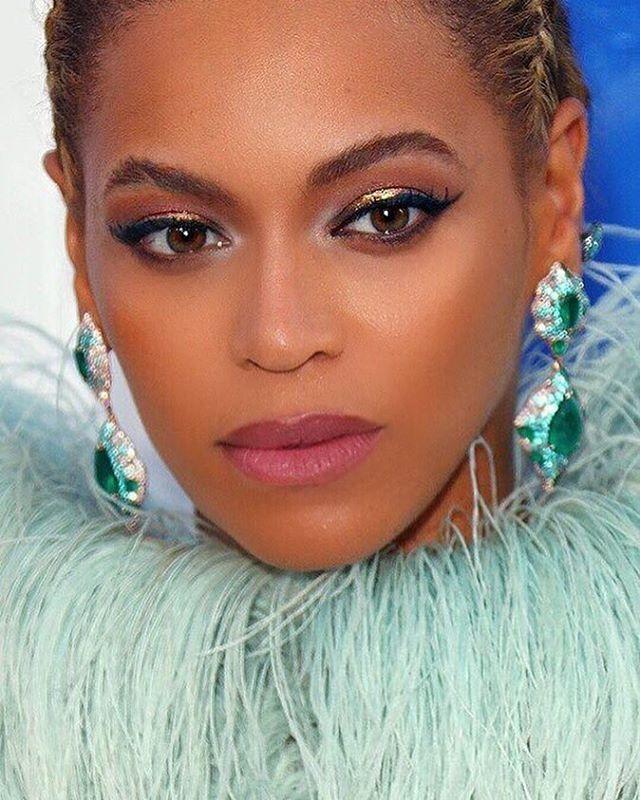Beyonce makeup at the 2016 vmas