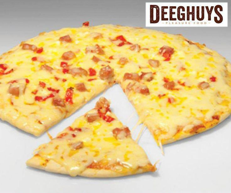 Enjoy one of your favourite pizzas from #DeeghuysGeorge today! Visit us at the #GardenRouteMall.
