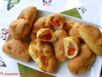 Il Pomodoro Rosso di MAntGra: Panzerotti mediterranei