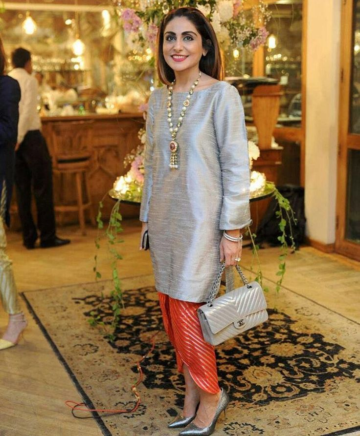 The gorgeous Shazia Ammar in Flora by IVY. Get this beautiful outfit at our Lahore Outlets and www.theivyprints.com (cash on delivery). #lahore #karachi #islamabad #fashion #amazing #pretty #ladies #fashionista #london #newYork #Delhi #dubai #wow #stunning #gorgeous #getthis