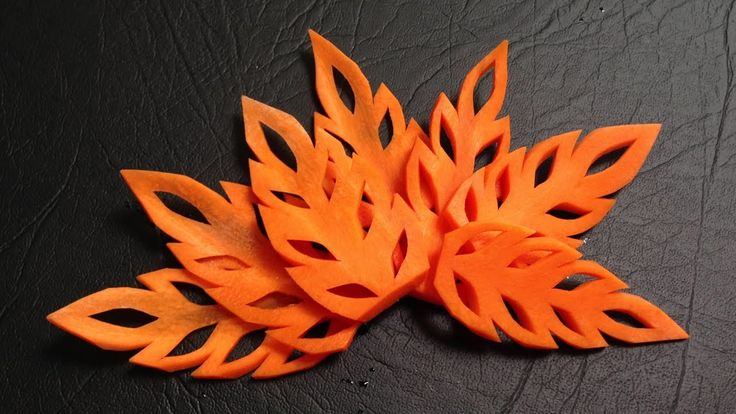 A Simple Carrot Leaf Design - Beginners Lesson 17 By Mutita The Art Of Fruit And Vegetable Carving