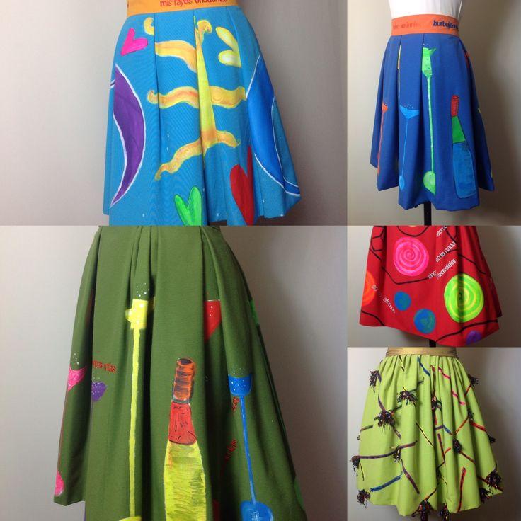 Faldas pintadas a mano con poemas bordados . Perfecta tras para esta primavera #ladyisabel #carmenaguilaactriz