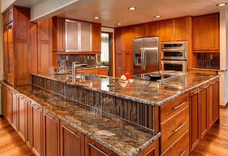 25 best ideas about lowes kitchen cabinets on pinterest for Cheyenne kitchen cabinets lowes