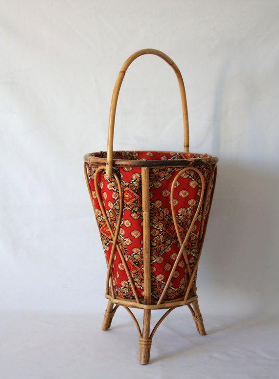 Rattan knitting basket  with its original par MariusetJeannette