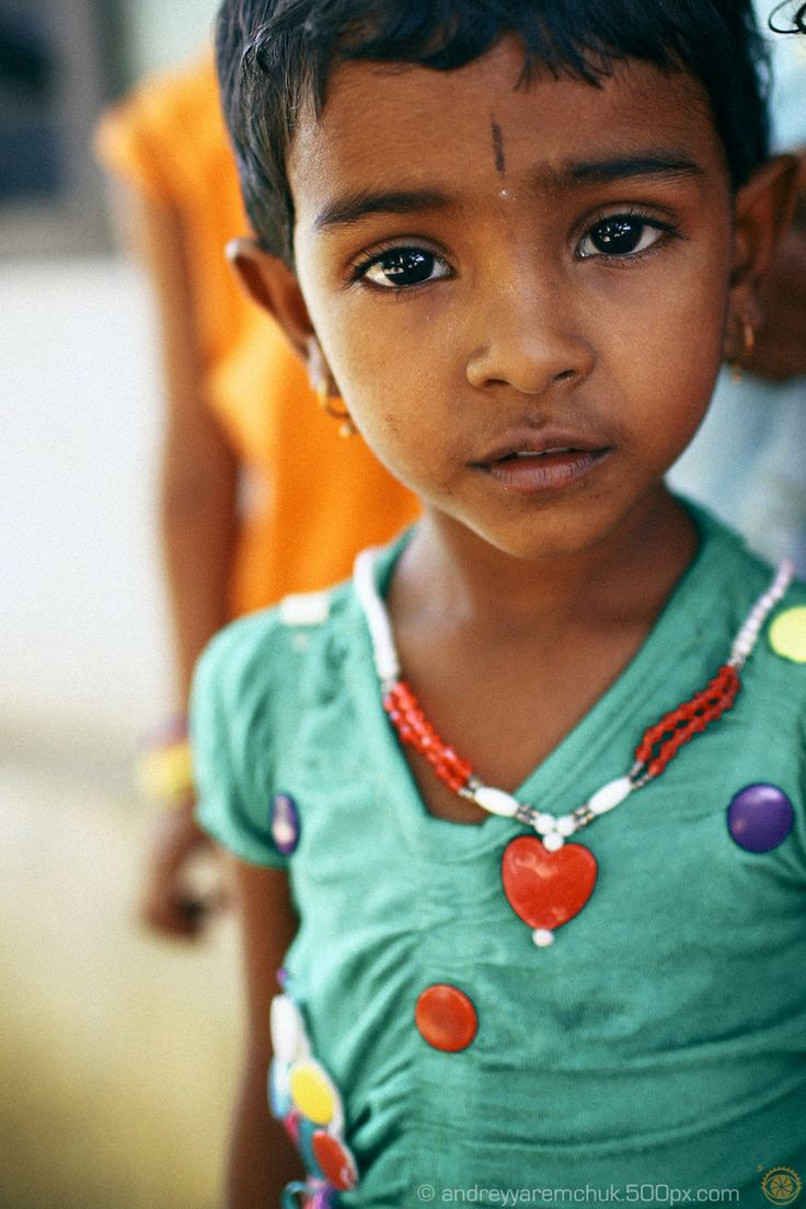Little Girl in Kerala, India...those beautiful dark eyes!