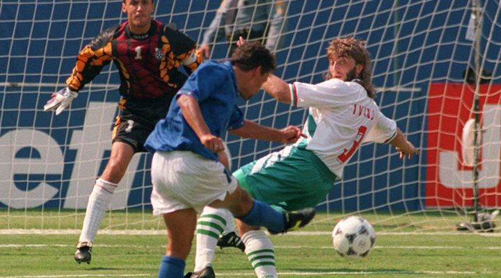 13 LUGLIO 1994   Baggio trascina l'Italia, prima di infortunarsi...