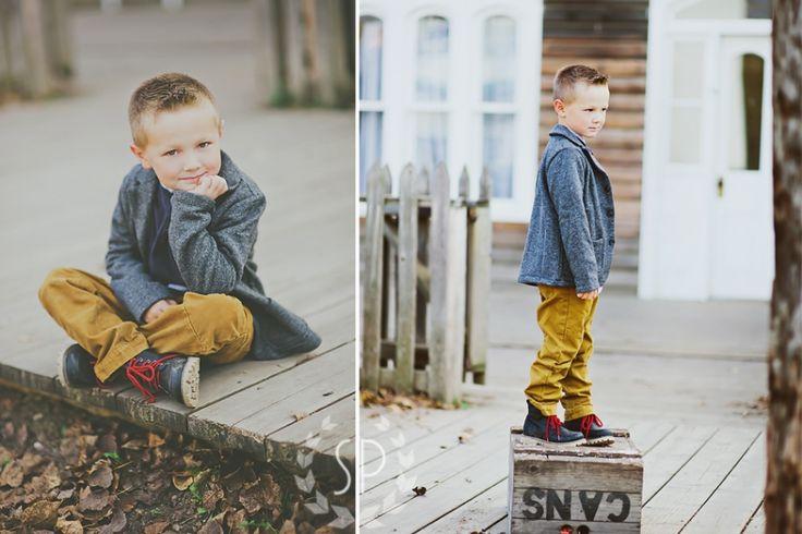 Simplicity Photography » Blog » boys pose