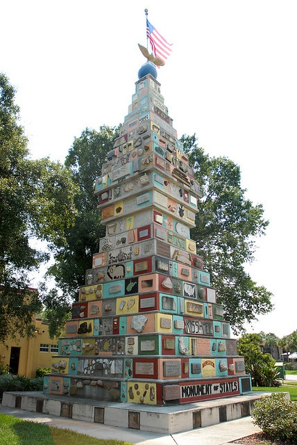 Monument to the States in Kissimmee, Florida