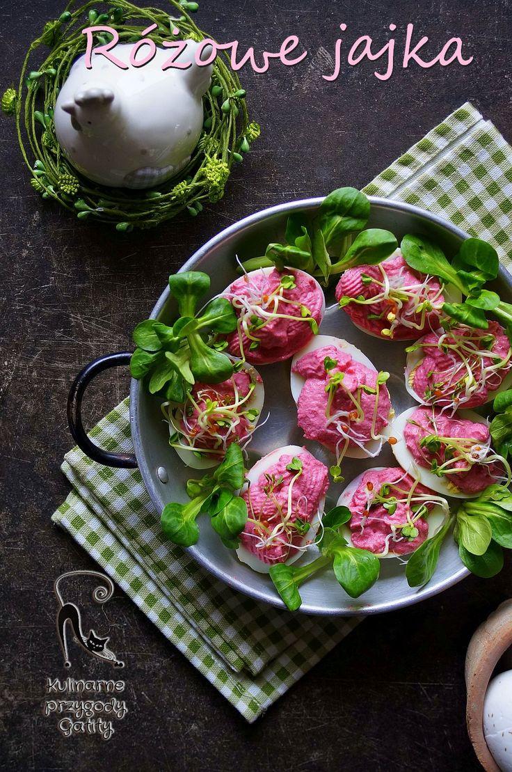 Kulinarne przygody Gatity - przepisy pełne smaku: Różowe jajka faszerowane